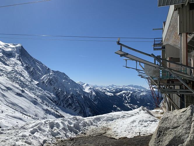 Chamonix - Wjazd kolejką linową na Aiguille du Midi
